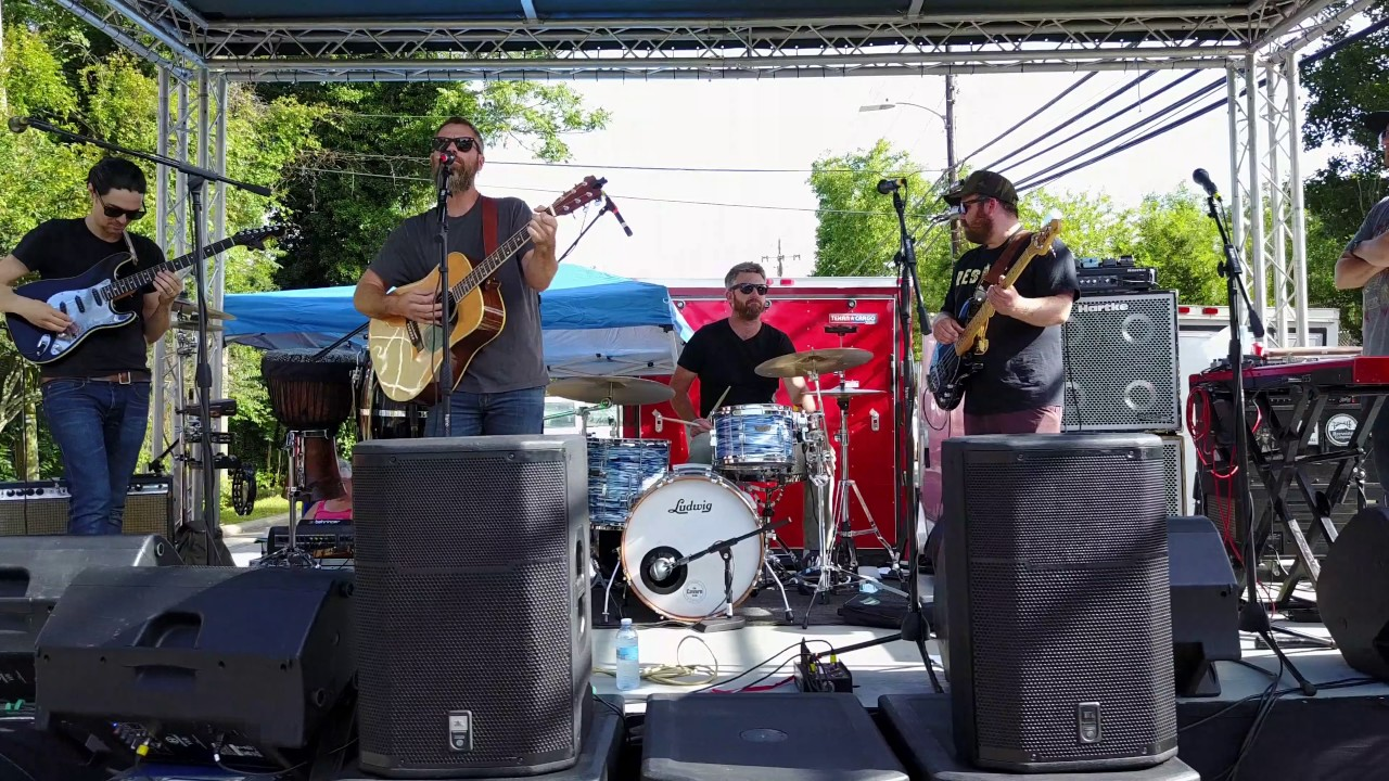 Performers on stage at Weaverville's Music on Main.