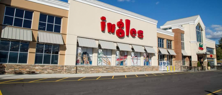 The exterior of an Ingles grocery store.